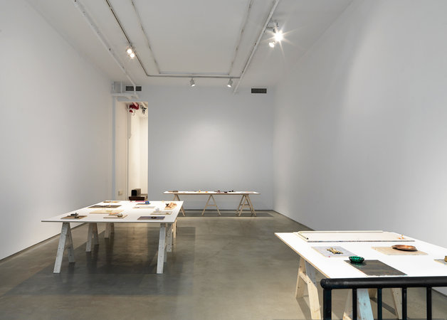 To-17-installation-view_003_675_450